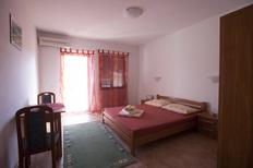 Holiday apartment 1717474 for 2 persons in Vrboska