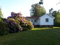 Holiday home 1719142 for 4 persons in Tjörn