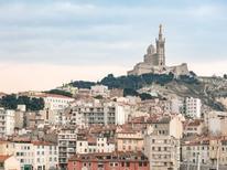 Ferienwohnung 1719933 für 8 Personen in Marseille