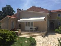 Holiday apartment 1720555 for 5 persons in Neviđane