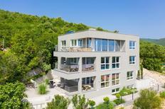 Appartement 1722340 voor 4 personen in Sveta Marina