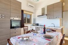 Ferienwohnung 1722536 für 7 Personen in Lizzano