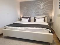 Appartement 1722541 voor 3 personen in Postojna
