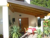 Appartement 1722543 voor 7 personen in Postojna