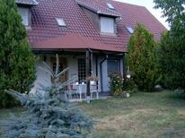 Holiday apartment 1722885 for 3 persons in Szabadkigyos