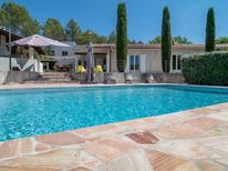 Ferienhaus 1724236 für 8 Personen in Rocbaron