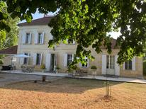 Holiday apartment 1724871 for 2 persons in Saint-Pey-de-Castets