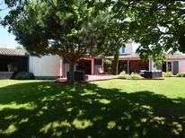 Ferienhaus 1725833 für 10 Personen in Les Portes-en-Ré