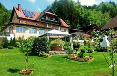 Ferienwohnung 1726808 für 2 Erwachsene + 1 Kind in Sankt Gilgen