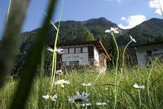Ferienhaus 1727629 für 8 Personen in Oetz