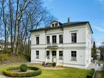 Room 1729576 for 4 adults + 1 child in Ostseebad Heringsdorf