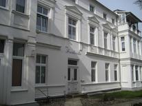 Ferienwohnung 1729947 für 4 Personen in Ostseebad Heringsdorf