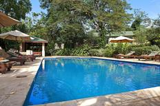 Room 1730806 for 2 persons in Kampala