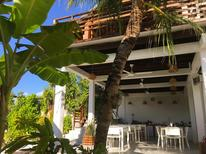 Room 1731347 for 2 persons in Dhigurah