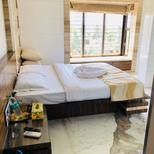 Room 1731559 for 3 persons in Mumbai