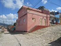 Værelse 1731634 til 9 personer i Trinidad