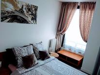 Holiday apartment 1732996 for 5 persons in Suresnes