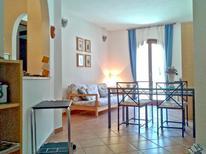 Ferienwohnung 1733035 für 4 Personen in La Maddalena