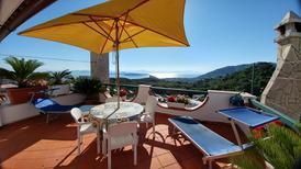 Ferienwohnung 1733562 für 5 Personen in Barano d'Ischia