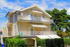 Holiday apartment 1733750 for 5 persons in Biograd na Moru
