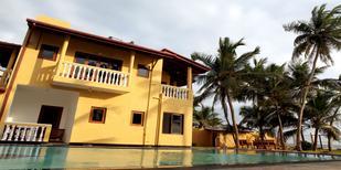 Casa de vacaciones 1733958 para 14 personas en Boossa