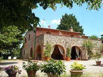 Casa de vacaciones 1735235 para 10 personas en Chiusi