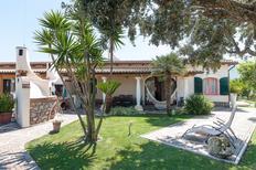 Ferienhaus 1735498 für 8 Personen in San Felice Circeo
