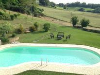 Ferienhaus 1735615 für 16 Personen in Montelabbate