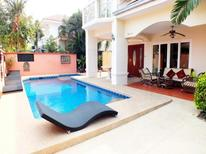 Holiday home 1736196 for 12 persons in Na Kluea
