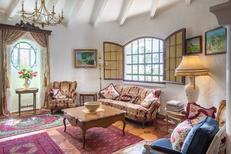 Ferienhaus 1736335 für 16 Personen in Beaucaire