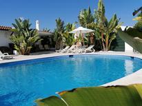 Ferienhaus 1736525 für 10 Personen in Albufeira-Branqueira