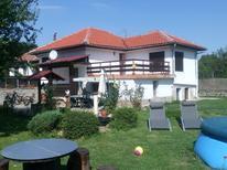 Maison de vacances 1736997 pour 8 personnes , Natsovtsi
