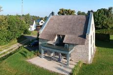 Vakantiehuis 1737352 voor 7 volwassenen + 2 kinderen in Karnin