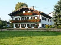 Ferienwohnung 1738026 für 2 Erwachsene + 1 Kind in Gmund am Tegernsee