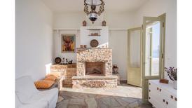 Vakantiehuis 1741052 voor 6 personen in Ormos Kardianis