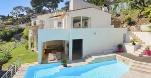 Rekreační dům 1741592 pro 4 dospělí + 4 děti v Vallauris