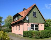 Holiday home 1742288 for 4 persons in Ahrenshoop