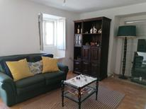 Casa de vacaciones 1743919 para 5 personas en Cernadelo