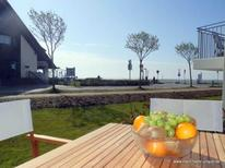 Holiday apartment 1746557 for 3 adults + 1 child in Wyk auf Föhr