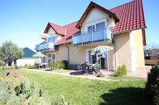Ferienwohnung 1754927 für 4 Erwachsene + 1 Kind in Zinnowitz