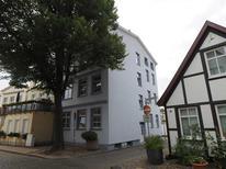 Ferienwohnung 1756801 für 3 Personen in Warnemünde