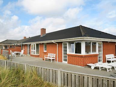 Gemütliches Ferienhaus : Region Holmsland Klit für 16 Personen