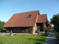 Holiday apartment 1760105 for 7 adults + 1 child in Hollern-Twielenfleth