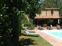 Holiday home 1761421 for 8 persons in Radicofani