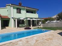 Holiday home 1770272 for 8 persons in Ližnjan