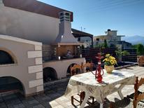 Vakantiehuis 1780704 voor 4 volwassenen + 1 kind in Heraklion