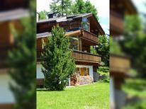 Vakantiehuis 1813229 voor 8 personen in Lienz