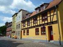 Ferienwohnung 1819889 für 4 Erwachsene + 1 Kind in Stralsund