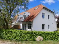 Ferienwohnung 1820959 für 3 Personen in Kirchdorf auf Poel