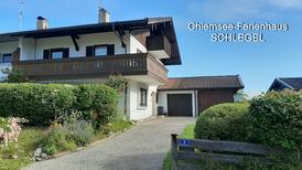 Ferienwohnung 1835414 für 8 Personen in Breitbrunn am Chiemsee